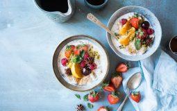 Dieta para el estreñimiento: Qué alimentos debe incluir y cuáles no